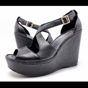 Born Crown 9M Black Leather Platform Wedge Sandals